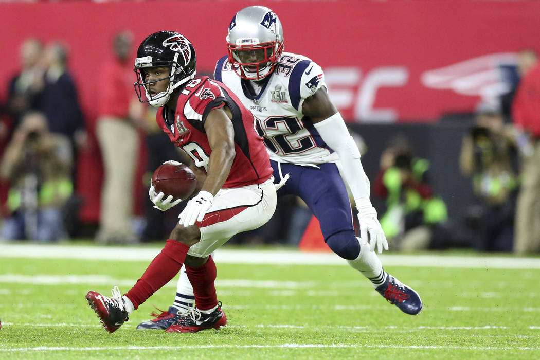 Atlanta Falcons Taylor Gabriel #18 in action against the New England Patriots at Super Bowl 51 on Sunday, February 5, 2017 in Houston, TX. (AP Photo/Gregory Payan)