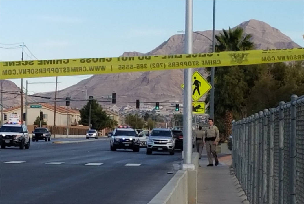 Las Vegas police work the scene of a shooting in the 3900 block of E. Owens Ave. on Saturday. (Mike Shoro/Las Vegas Review-Journal)
