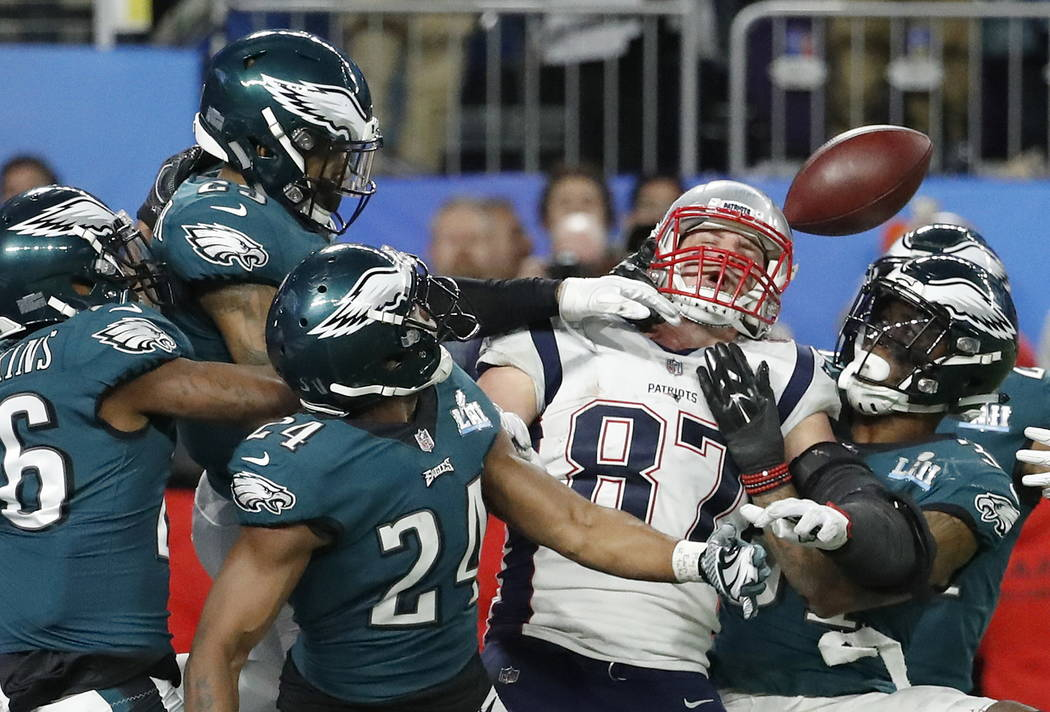 New England Patriots' Rob Gronkowski (87) cannot catch a pass during the second half of the NFL Super Bowl 52 football game against the Philadelphia Eagles Sunday, Feb. 4, 2018, in Minneapolis. Th ...
