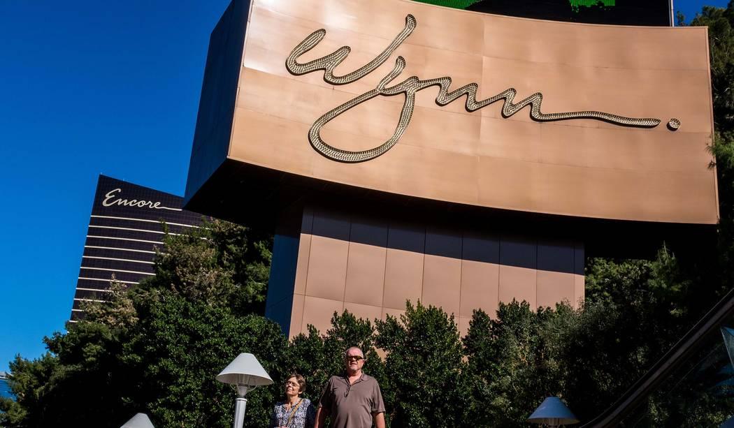 Las Vegas Strip visitors walk past the Wynn Las Vegas on Wednesday, Feb. 7, 2018. (Patrick Connolly/Las Vegas Review-Journal) @PConnPie