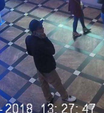 Las Vegas police are asking for the public's help identifying a Jan. 13 armed-robbery suspect. (Provided by the Metropolitan Police Department)