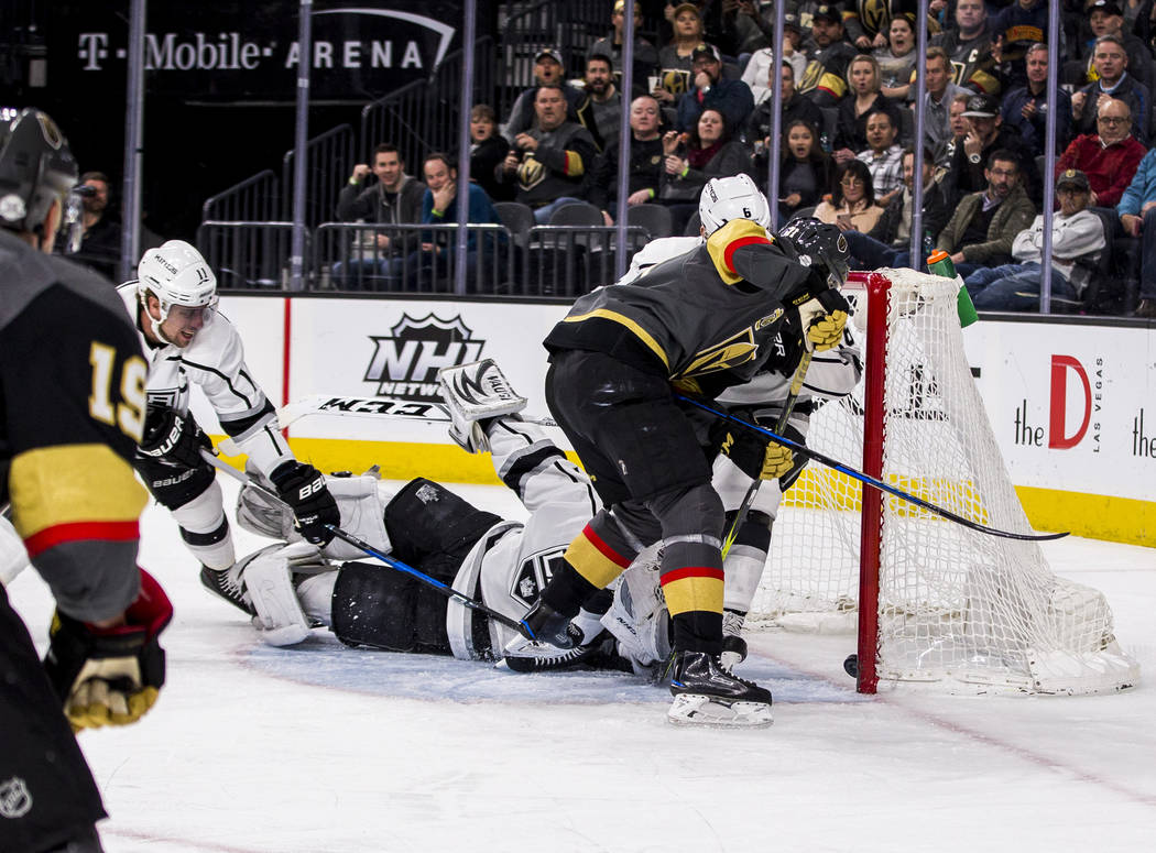Vegas Golden Knights center William Karlsson (71) scored the Knights' first goal against the Los Angeles Kings during the first period of an NHL hockey game at T-Mobile Arena on Tuesday, Feb. 27,  ...
