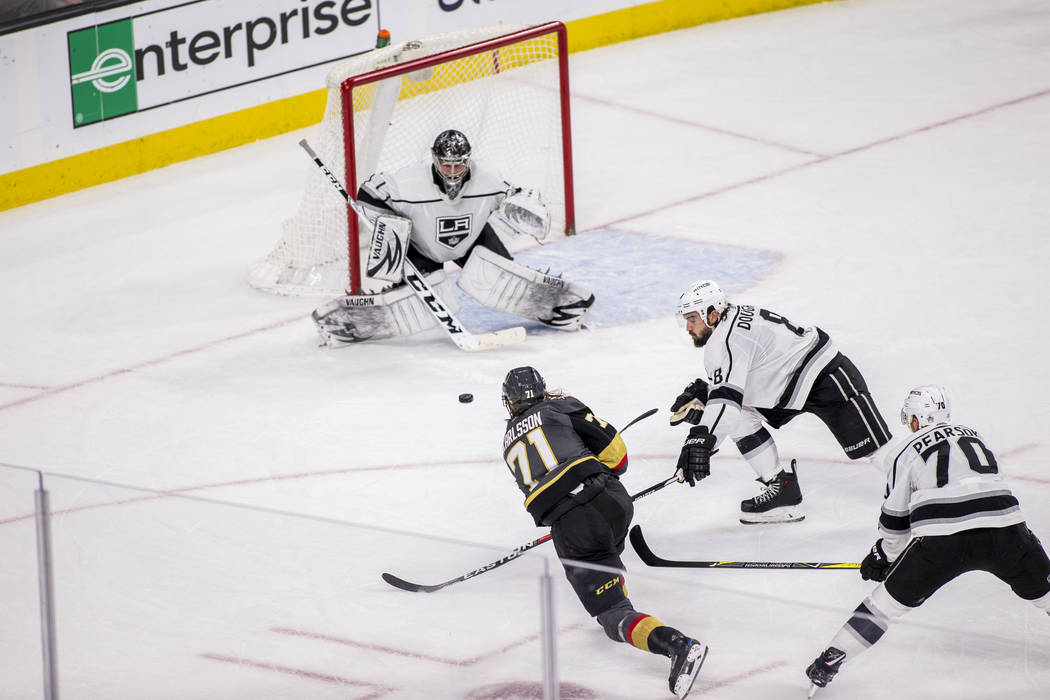 Vegas Golden Knights center William Karlsson (71) takes a shot on the Los Angeles Kings goal during the second period of an NHL hockey game at T-Mobile Arena on Tuesday, Feb. 27, 2018.  Patrick Co ...