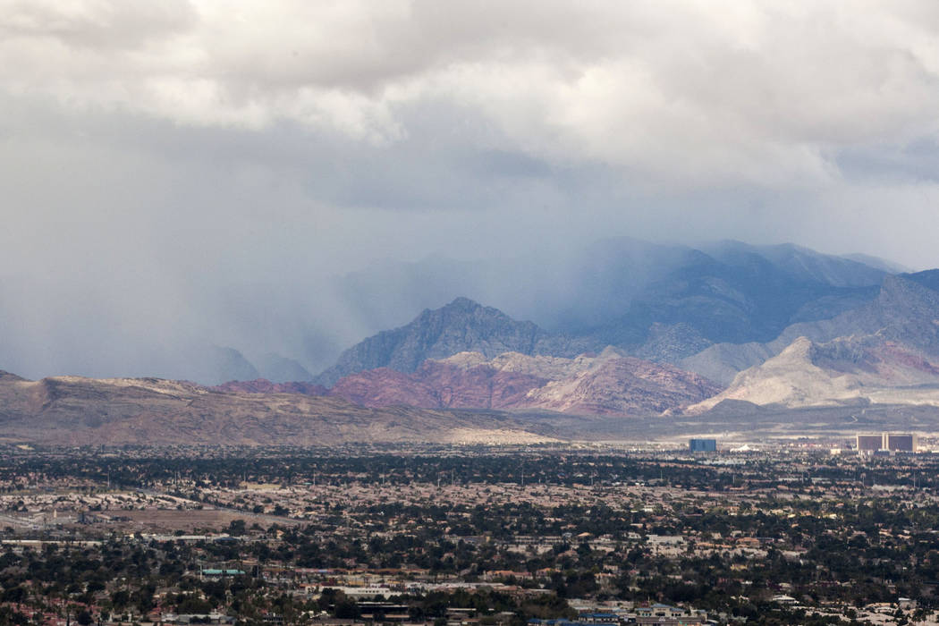 Rain falls on Red Rock Canyon on Saturday, Jan. 20, 2018.   Patrick Connolly Las Vegas Review-Journal @PConnPie