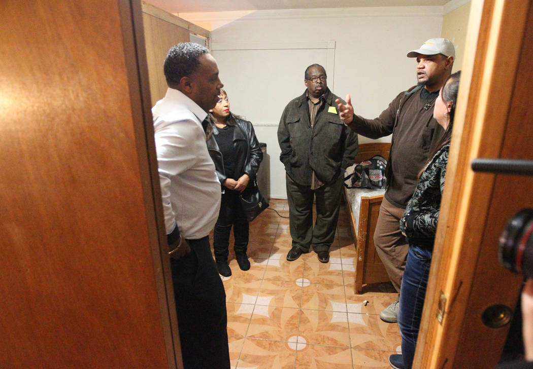 Treva Lee, right, and Jersharo Amey second from right, talk Wednesday, Feb. 21, 2018, to the family of Rayshauna Roy, from left, father Tony Wright, mother Netshield Roy and uncle Dwayne McCarther ...