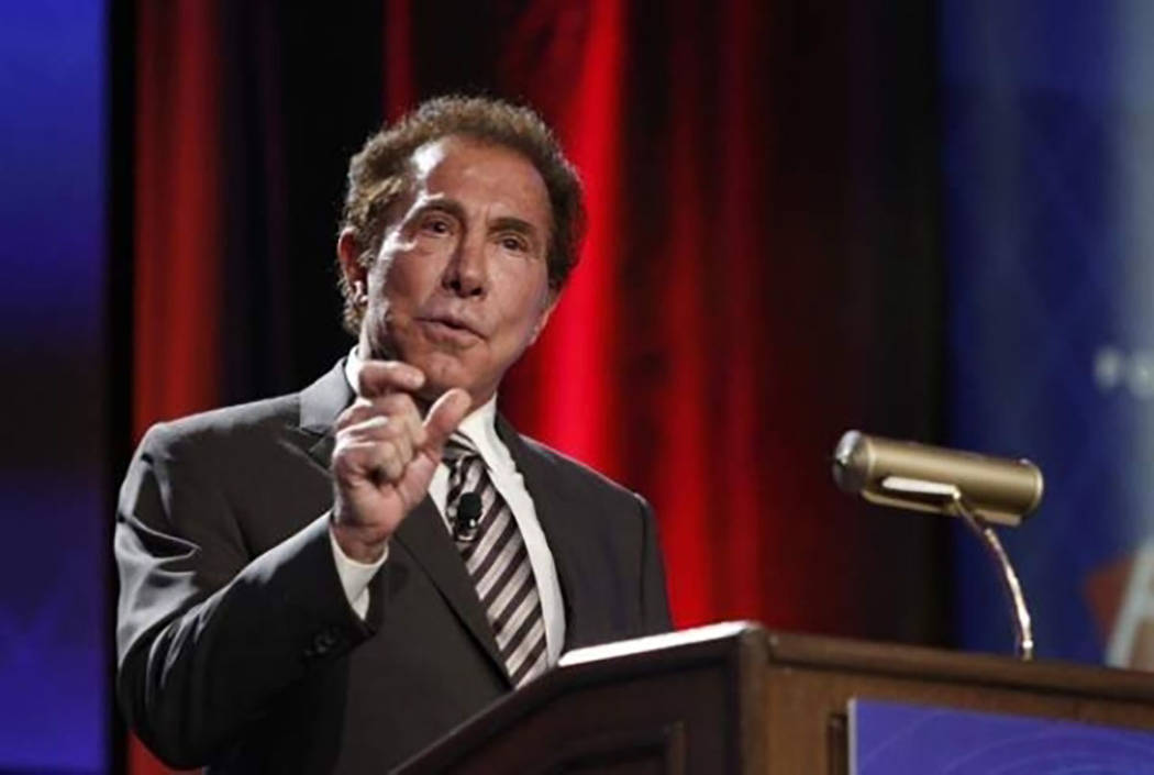Steve Wynn speaks at a meeting in 2014. (Erik Verduzco/Las Vegas Review-Journal)