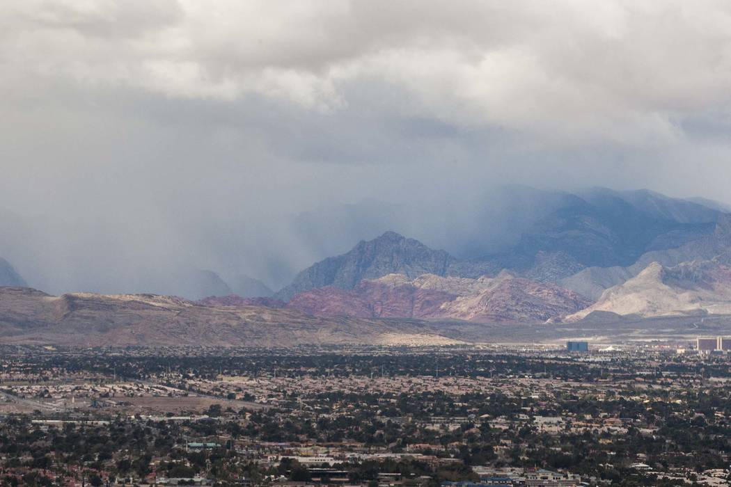 Light rain fell in the Las Vegas Valley overnight and is forecast to return on Wednesday. (Patrick Connolly/Las Vegas Review-Journal) @PConnPie