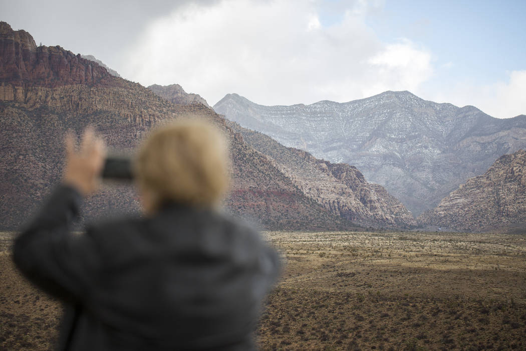 A light blanket of snow and scattered rain passed through Red Rock Canyon National Conservation Area on Saturday, Jan. 20, 2018. (Richard Brian/Las Vegas Review-Journal) @vegasphotograph
