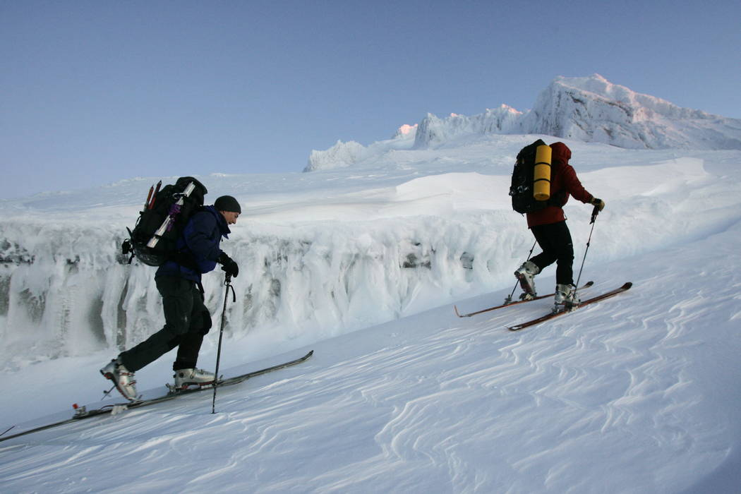 Rescuers start their ascent from 8,500 feet to the summit of Mount Hood in 2006. (AP Photo/Kevork Djansezian, File)