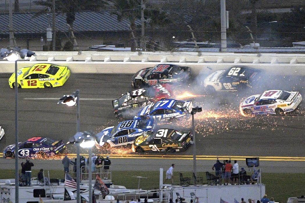 Late Daytona 500 Crash Knocks Out Las Vegas Drivers Las Vegas Review Journal