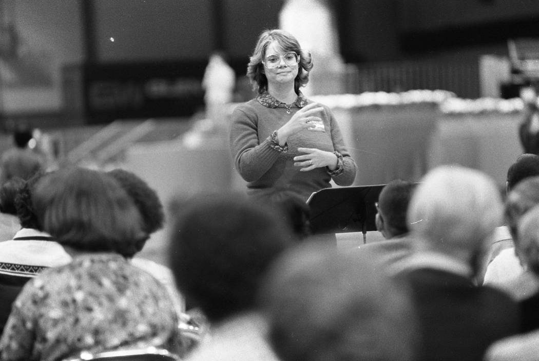 Nearly 7200 people gathered to hear Billy Graham at the Las Vegas Convention Center in 1980. (Scott Henry/Las Vegas Review-Journal)