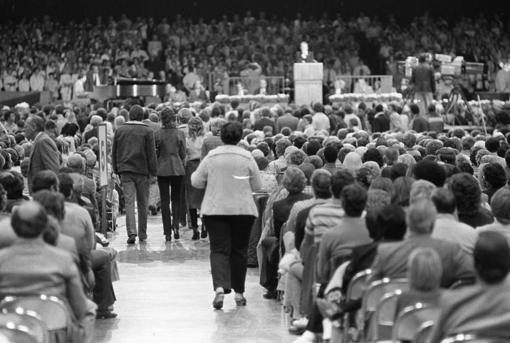 Nearly 7,200 people gathered to hear Rev. Billy Graham at the Las Vegas Convention Center in 1980. (Scott Henry/Las Vegas Review-Journal)