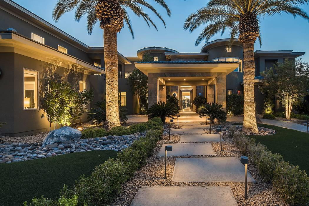 The Henderson home was designed by Las Vegas architect Sheldon Colen. (Shapiro & Sher Group)