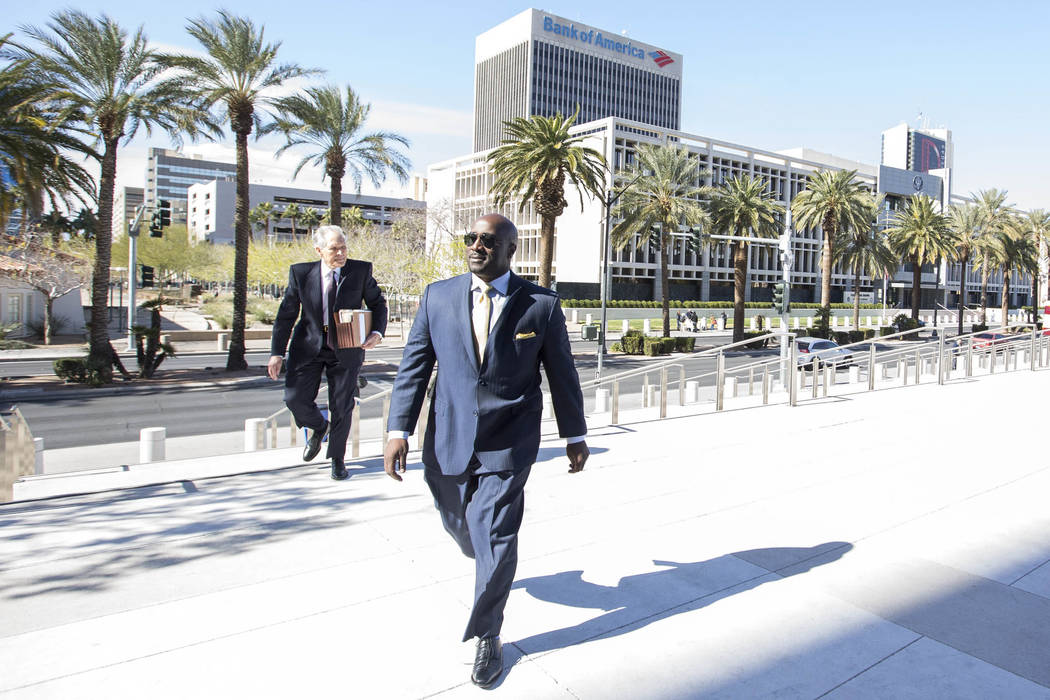 Former Las Vegas City Councilman Ricki Barlow prepares to enter the Lloyd D George Courthouse in downtown Las Vegas on Monday, Feb. 26, 2018. Richard Brian Las Vegas Review-Journal @vegasphotograph