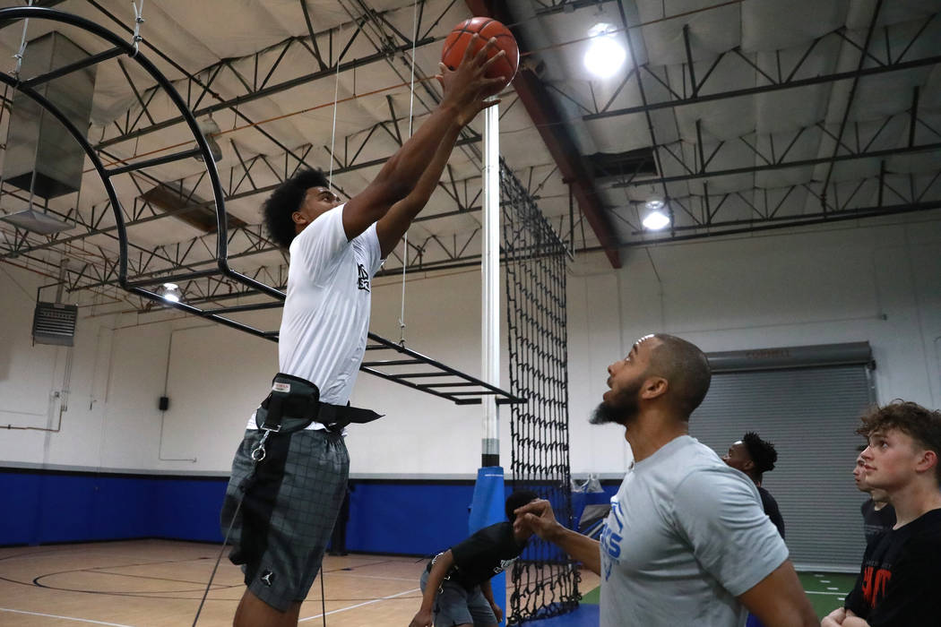 Martell Williams, who is playing basketball with the Las Vegas Punishers, works out with Coach Rashad Kirkland at Game Changers in Las Vegas on Monday, Feb. 26, 2018. Andrea Cornejo Las Vegas Revi ...