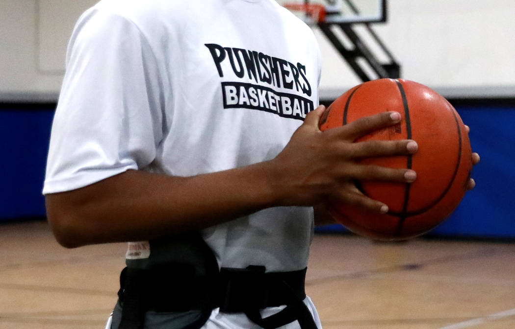 Martell Williams, who is playing basketball with the Las Vegas Punishers, works out at Game Changers in Las Vegas on Monday, Feb. 26, 2018. Andrea Cornejo Las Vegas Review-Journal @DreaCornejo