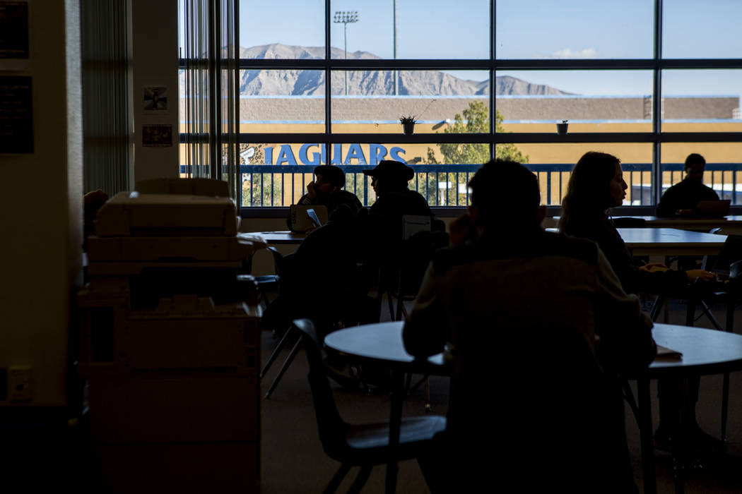 Students work in the Teaching and Learning Center at Desert Pines High School on Wednesday, Jan. 10, 2018.  Patrick Connolly Las Vegas Review-Journal @PConnPie