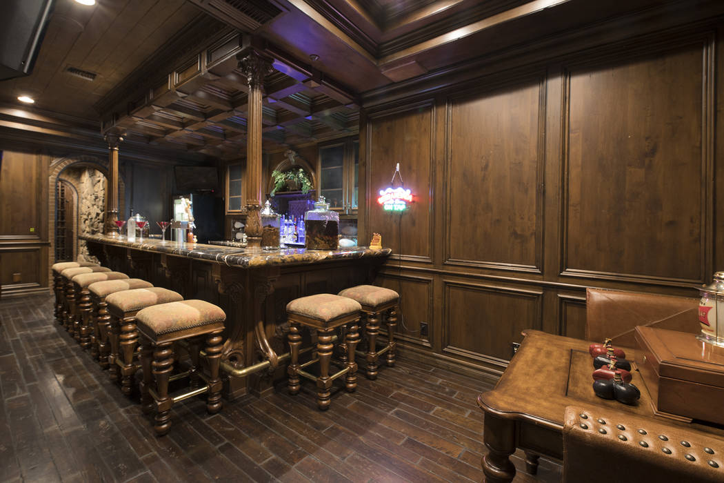 The pub in the basement. (Synergy/Sotheby's International Realty)