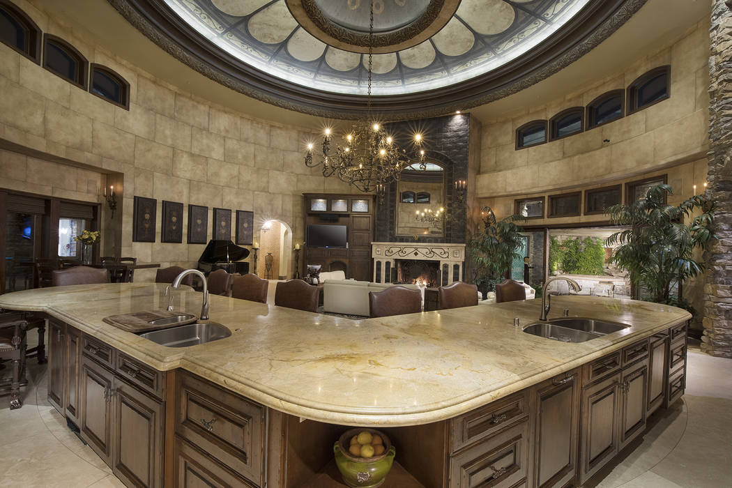 The kitchen. (Synergy/Sotheby's International Realty)
