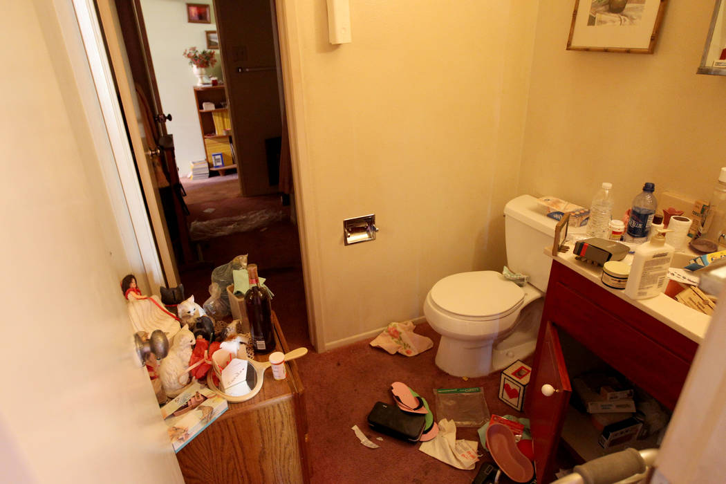 A bathroom of home at 809 Palmhurst Drive in Las Vegas Thursday, Feb. 22, 2018. After home owner Carole Barnish died last August, Shalena Earnheart claimed ownership, sparking a dispute. A neighbo ...