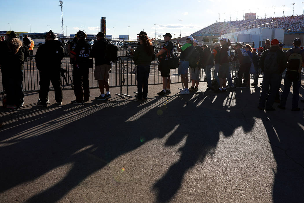Fans line up to see drivers at the Las Vegas Motor Speedway in Las Vegas on Friday, March 2, 2018. Andrea Cornejo Las Vegas Review-Journal @DreaCornejo