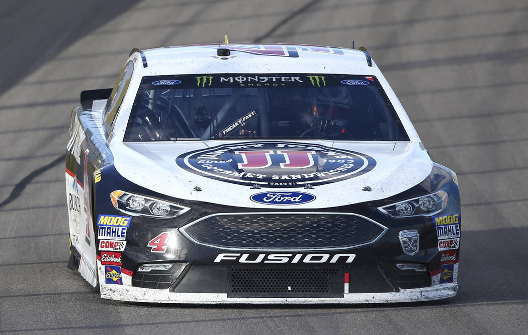 Kevin Harvick (4) competes during the Monster Energy NASCAR Cup Series Pennzoil 400 auto race at the Las Vegas Motor Speedway in Las Vegas on Sunday, March 4, 2018. Chase Stevens Las Vegas Review- ...