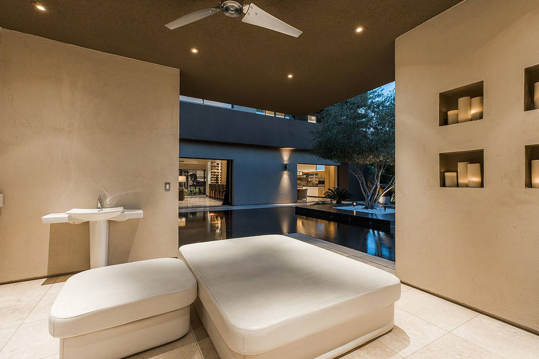 The cabana at the pool. (Shapiro & Sher Group)