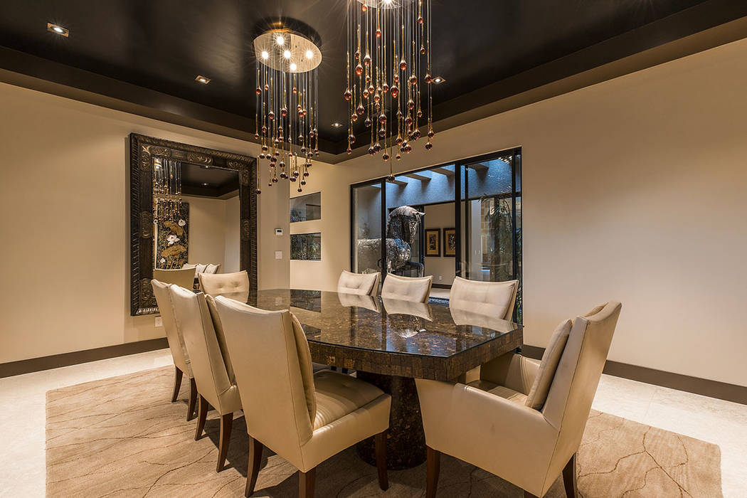 The formal dining room. (Shapiro & Sher Group)