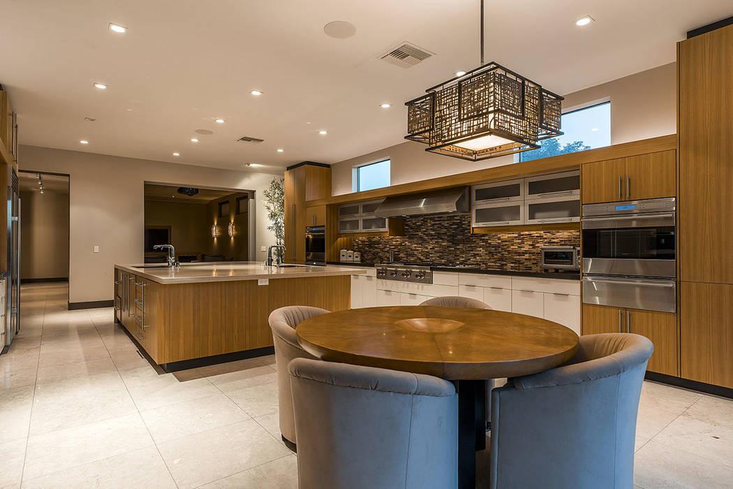 The kitchen. (Shapiro & Sher Group)