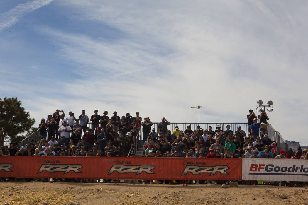 Spectators line up to watch the Mint 400 just east of the state line near Primm, Nev., on Saturday, March 4, 2017.  Miranda Alam/Las Vegas Review-Journal Follow @miranda_alam