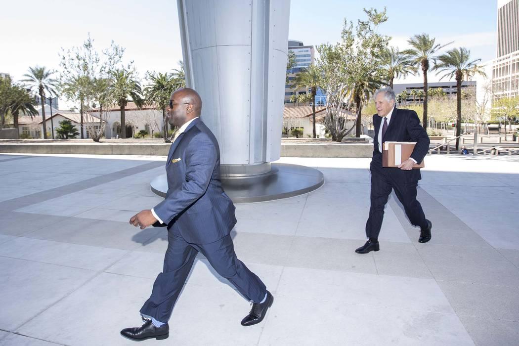 Former Las Vegas City Councilman Ricki Barlow prepares to enter the Lloyd George U.S. Courthouse in downtown Las Vegas on Monday, Feb. 26, 2018. (Richard Brian/Las Vegas Review-Journal) @vegasphot ...