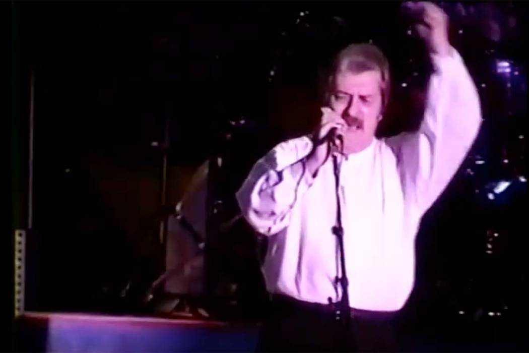Ray Thomas is shown during a 1995 performance at Caesars Palace. Thomas, one of the founding members of the Moody Blues, died Thursday at 76.