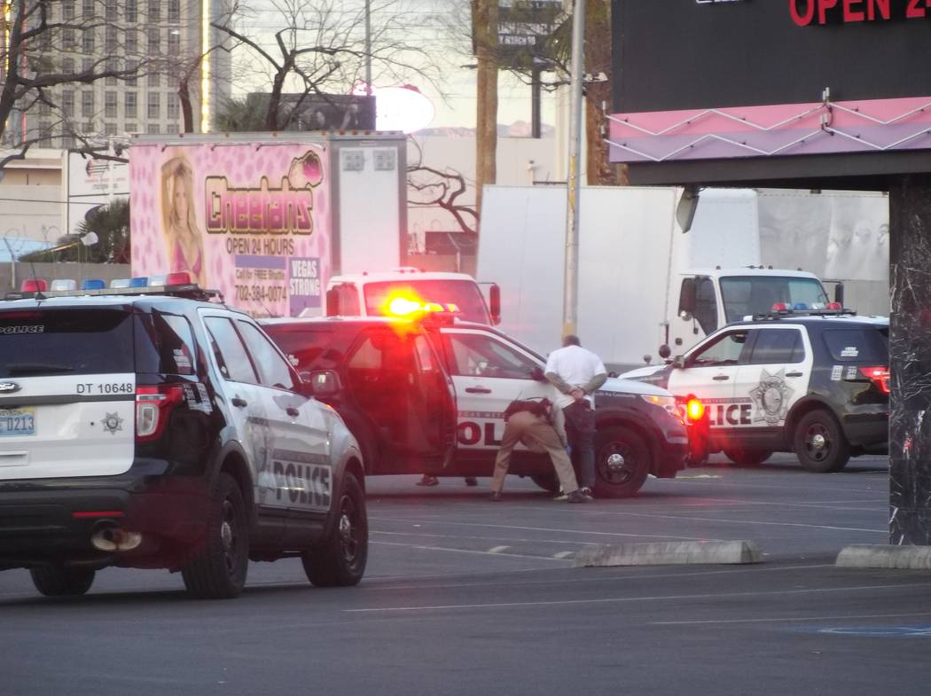 One man was arrested after a shooting in the parking lot of Cheetahs gentlemen's club, 2112 Western Ave., in Las Vegas, Monday, March 12, 2018. (Max Michor/Las Vegas Review-Journal)