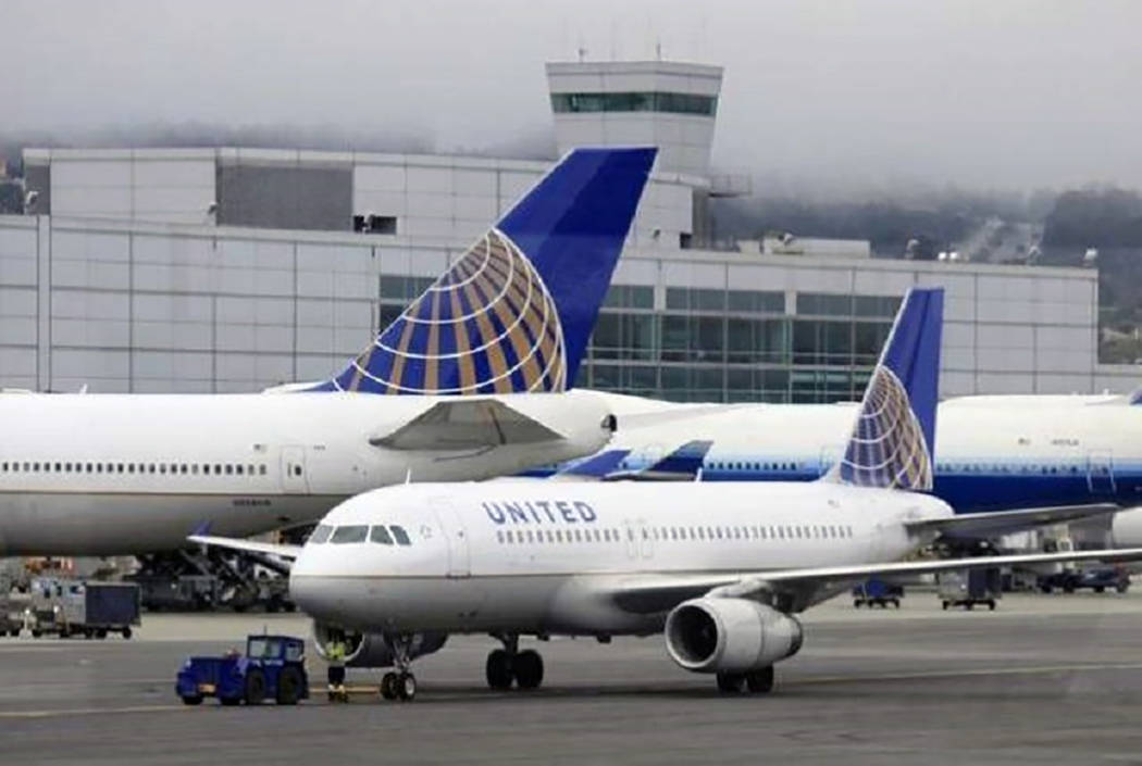 A United plane is seen at McCarran International Airport. (Las Vegas Review-Journal file photo)