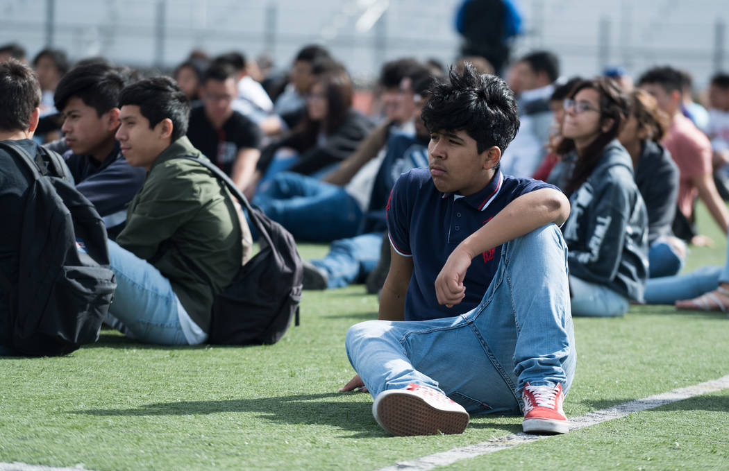 Students at Clark High School in Las Vegas have moments of silence for the victims in the Parkland shooting during the national student walkout, March 14, 2018. (Marcus Villagran)