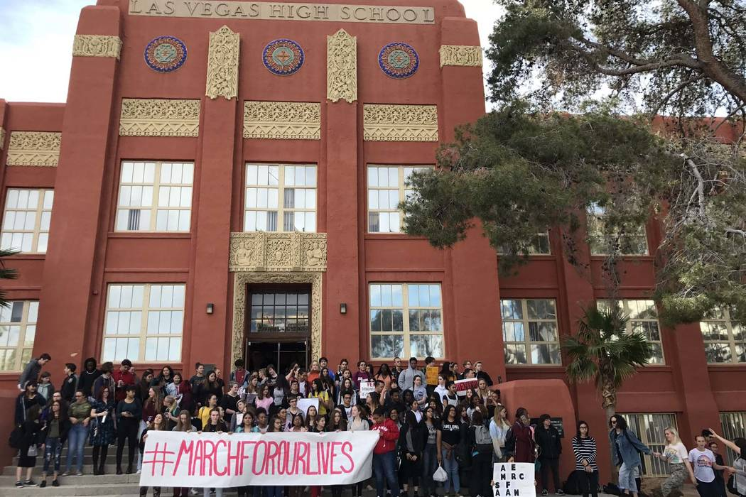 Students at the Las Vegas Academy in downtown Las Vegas take part in the national walkout to protest gun violence, Wednesday, March 14, 2018. (Erik Verduzco/Las Vegas Review-Journal)