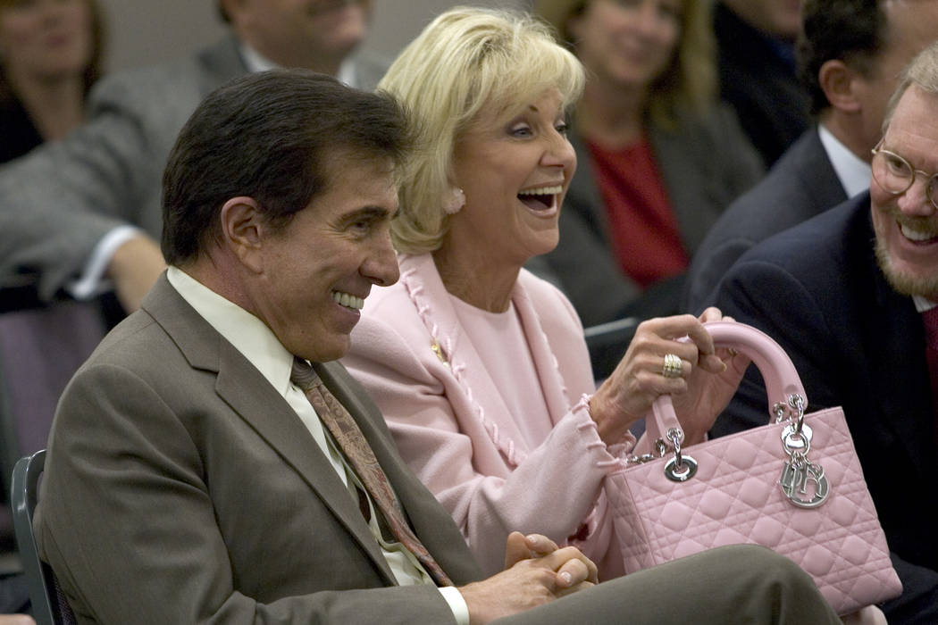 Steve and Elaine Wynn Settle Fight Over Control of Company Shares