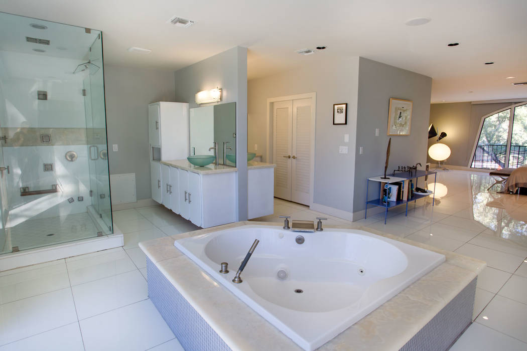 The master bath is connected to the master bedroom. (Berkshire Hathaway HomeServices)