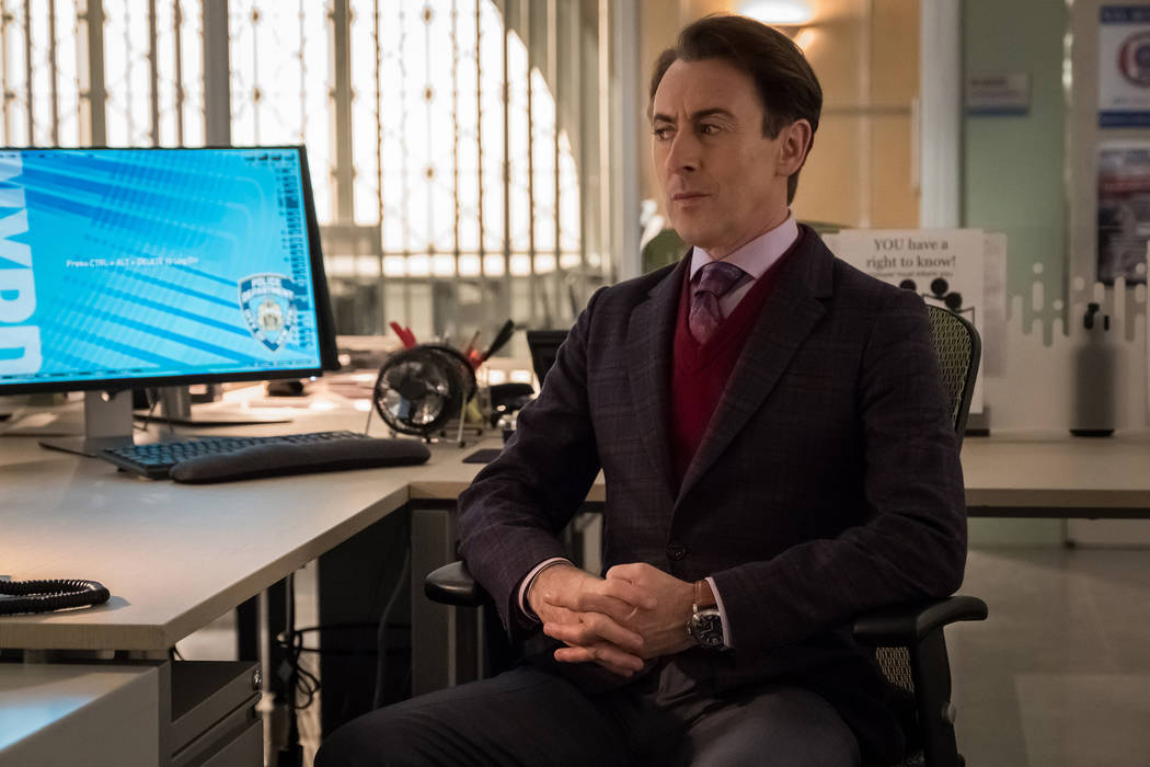 "Alan Cumming stars in ""Instinct."" (Jeff Neumann/CBS)"