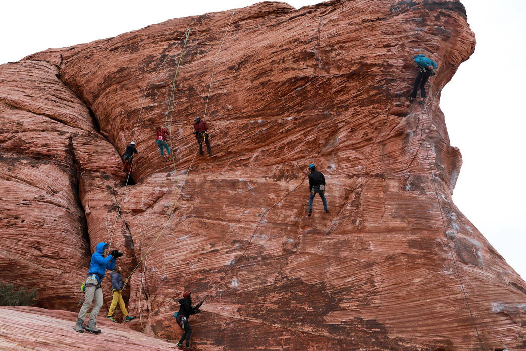 Climbers at Calico Basin during Red Rock Rendezvous on Saturday, March 17, 2018. Andrea Cornejo Las Vegas Review-Journal @DreaCornejo