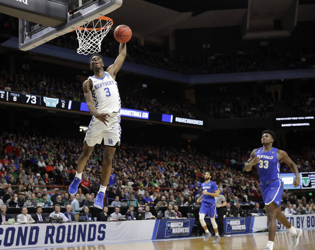 Kentucky guard Hamidou Diallo dunks against Buffalo during the second half of a second-round game in the NCAA men's college basketball tournament Saturday, March 17, 2018, in Boise, Idaho. (AP Pho ...