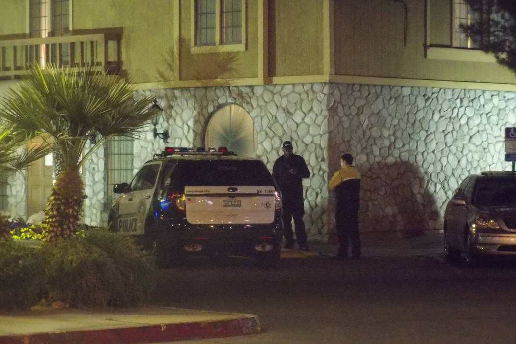 Las Vegas police investigate a shooting at The Suites at 4855 Boulder Highway. Max Michor Las Vegas Review-Journal