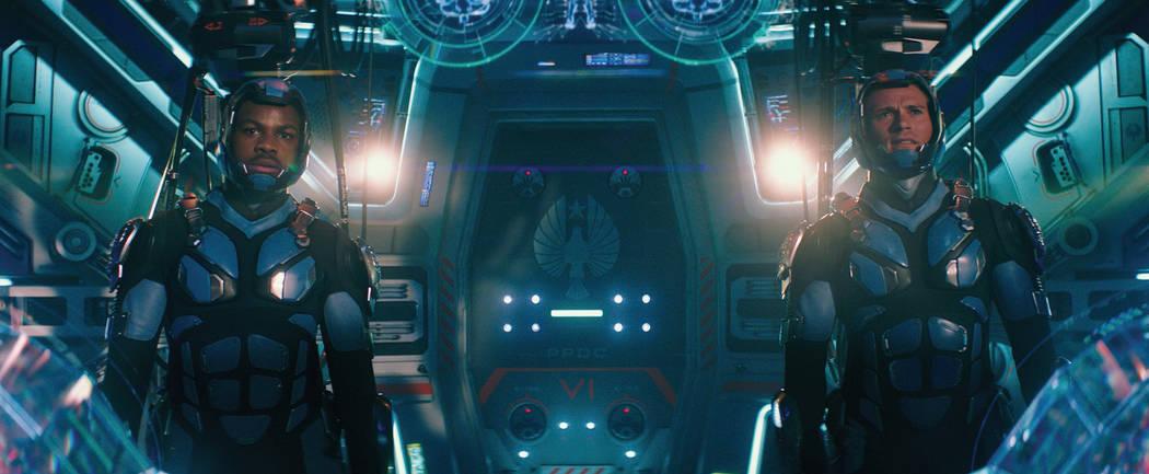 """John Boyega as Jake and Scott Eastwood as Lambert in """"Pacific Rim Uprising.""""   (Universal Studios)"""