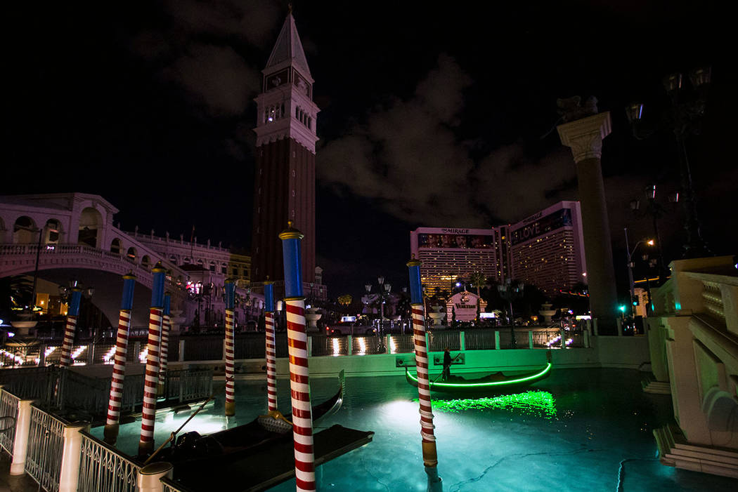 Außergewöhnlich Las Vegas Strip hotels go dark for Earth Hour   Las Vegas Review @DT_21