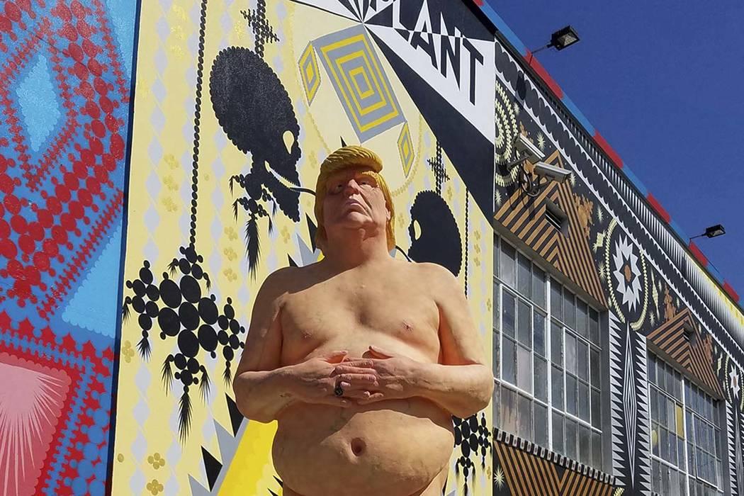Naked shows in vegas, sexy chav men naked