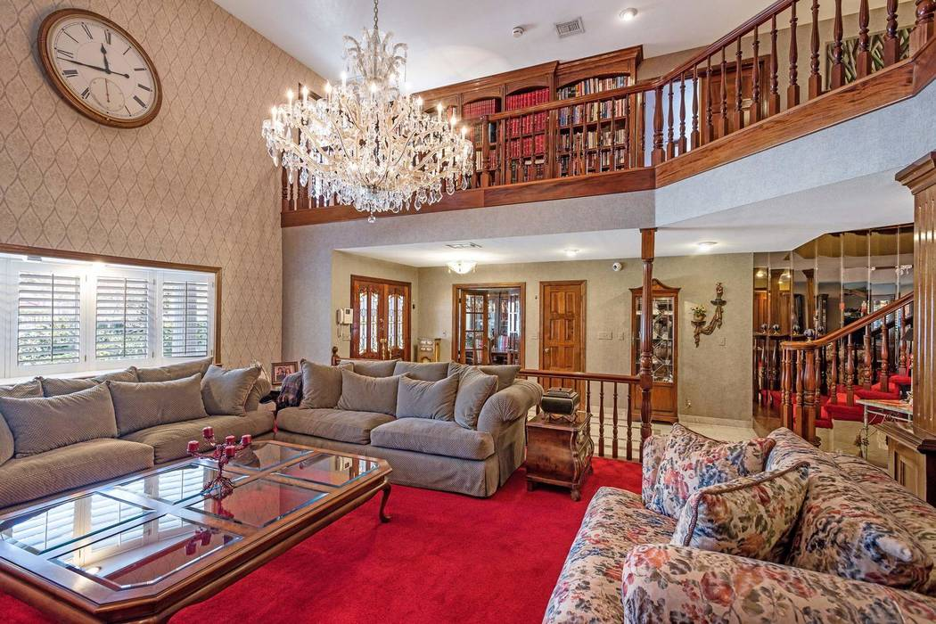 An interior view of Jerry Lewis' Las Vegas home in the historic Scotch 80s neighborhood. (Michael McGraw/North Cap Residential)
