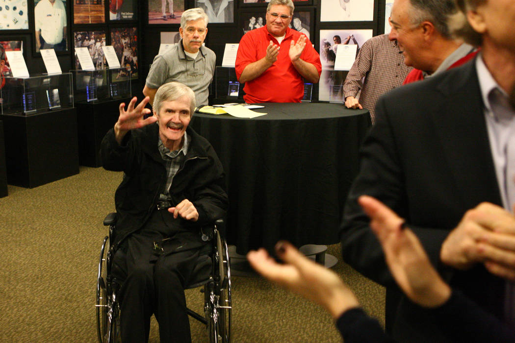 People clap as former NFL quarterback David Humm is acknowledged at the rededication ceremony of the new Southern Nevada Sports Hall of Fame location at Findlay Toyota, 7733 Eastgate Road in Hende ...