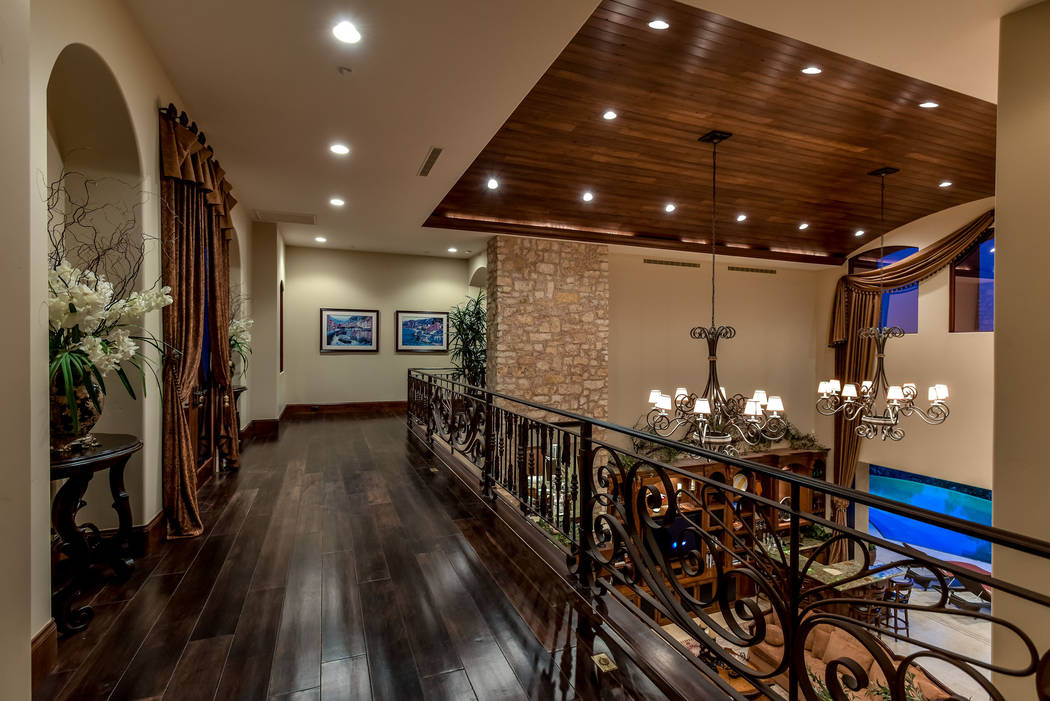 Upstairs loft. (Today's Realty Inc.)