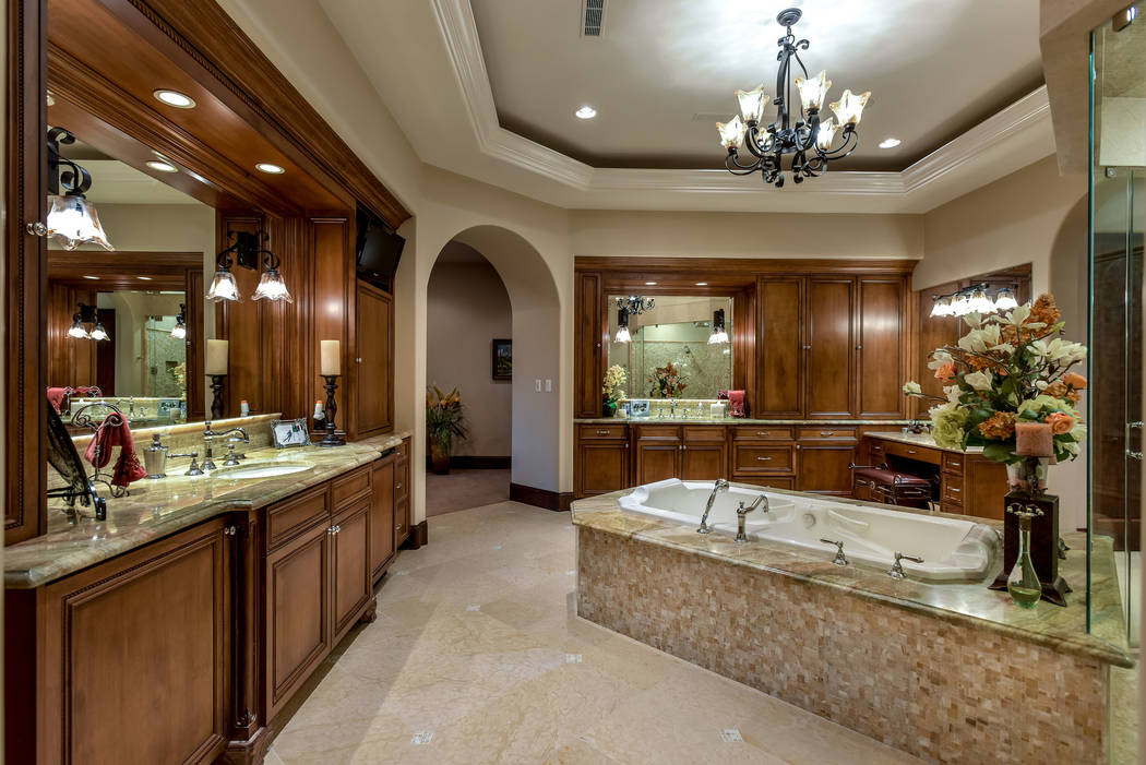 The master bath. (Today's Realty Inc.)