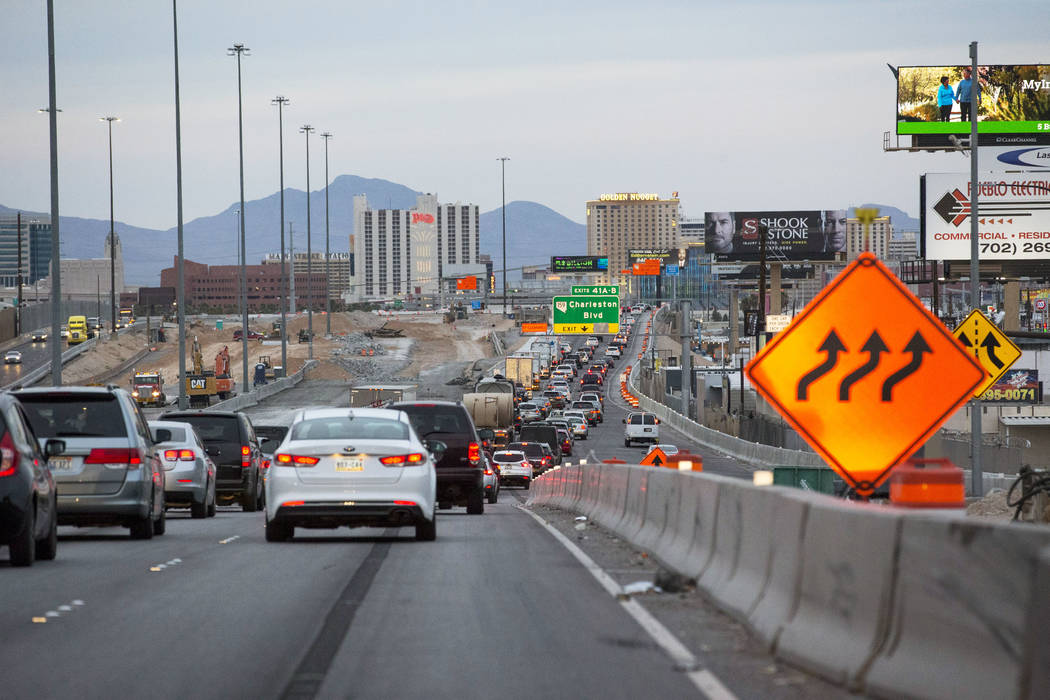 Heavy traffic moves in the northbound lanes of Interstate 15 near Charleston Boulevard in Las Vegas on Thursday, April 5, 2018. Richard Brian Las Vegas Review-Journal @vegasphotograph